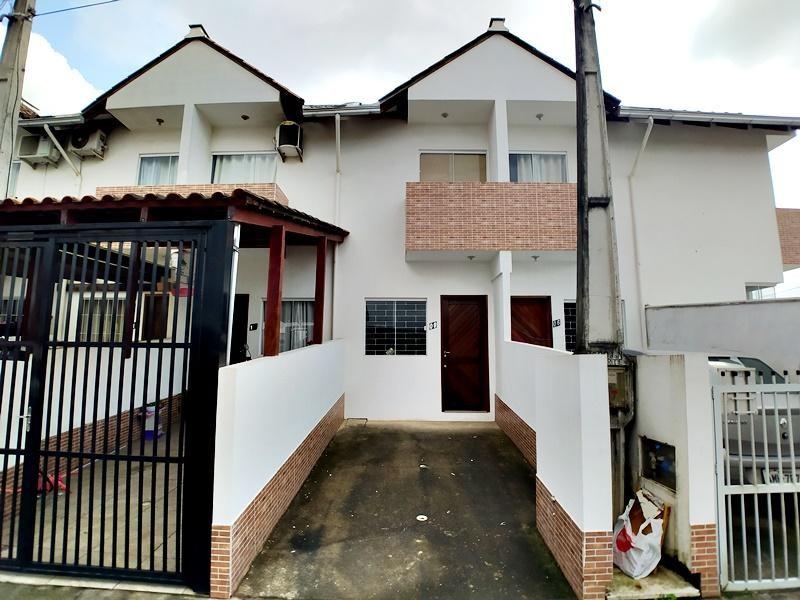 Sobrado Geminado à venda,  Itaum,  Joinville