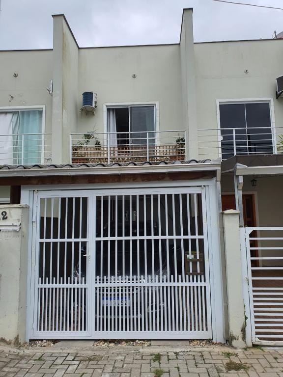 Sobrado Geminado à venda,  São Marcos,  Joinville