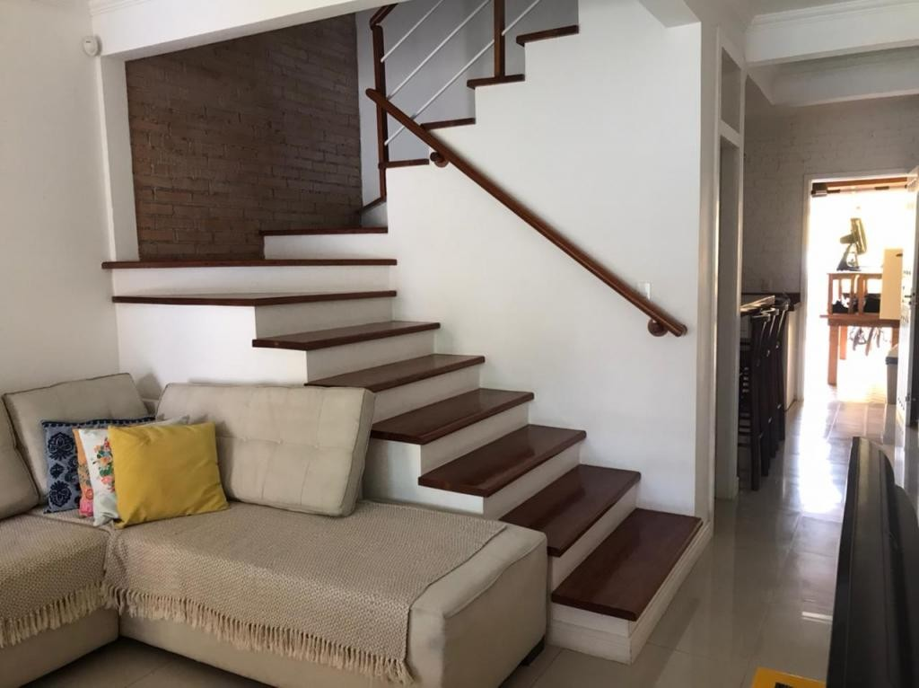 Sobrado Geminado à venda,  Adhemar Garcia,  Joinville