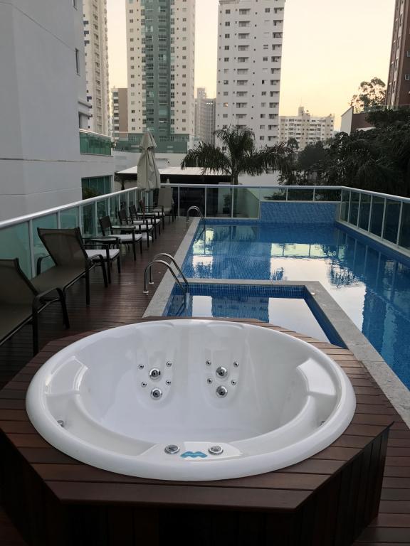 Apartamento à venda,  Pioneiros,  Balneário Camboriú